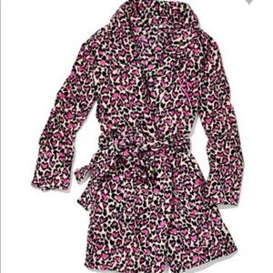 Victoria's Secret XS/S heart leopard robe NWT